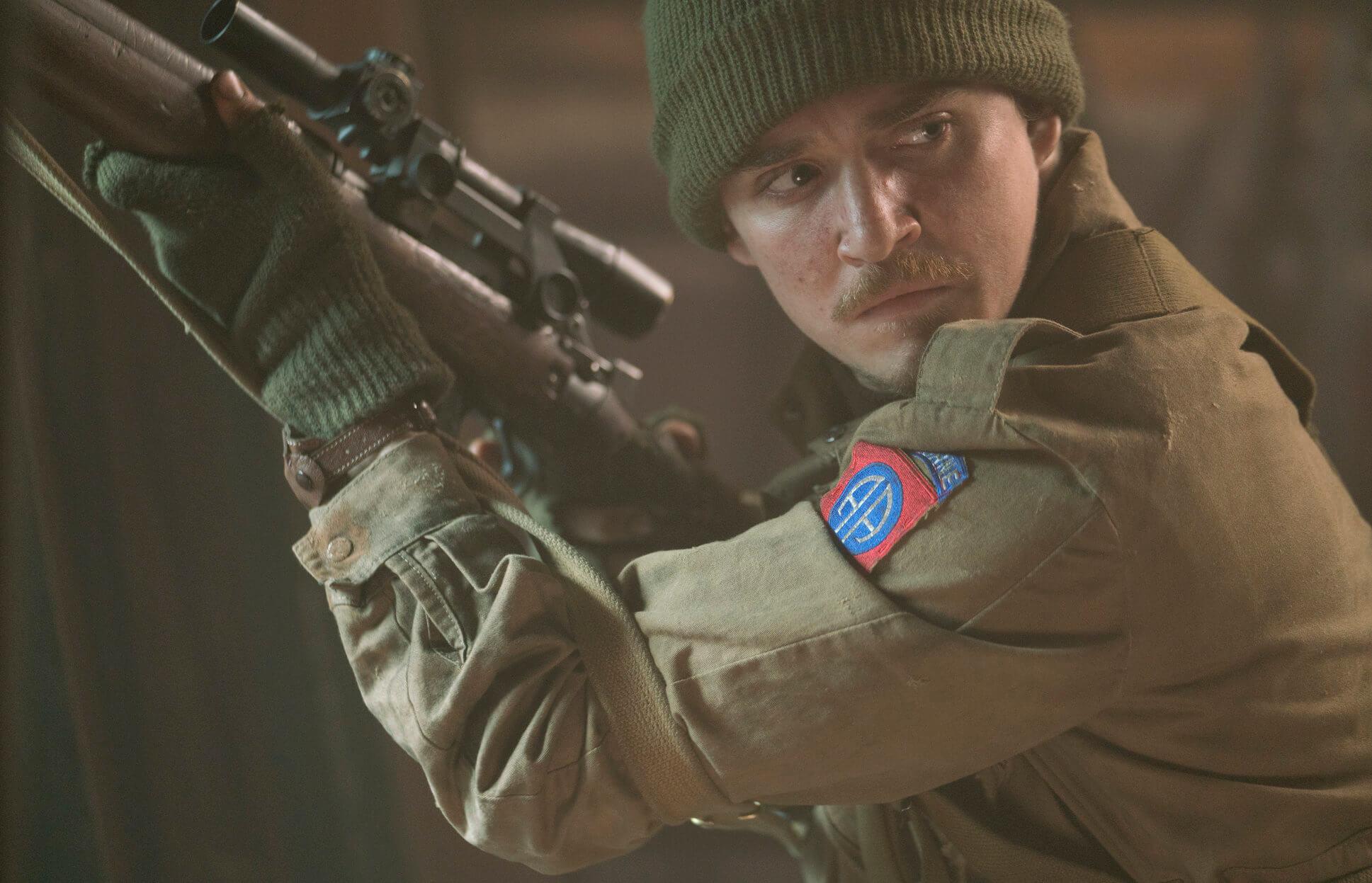 Kyle Gallner in Ghosts of War