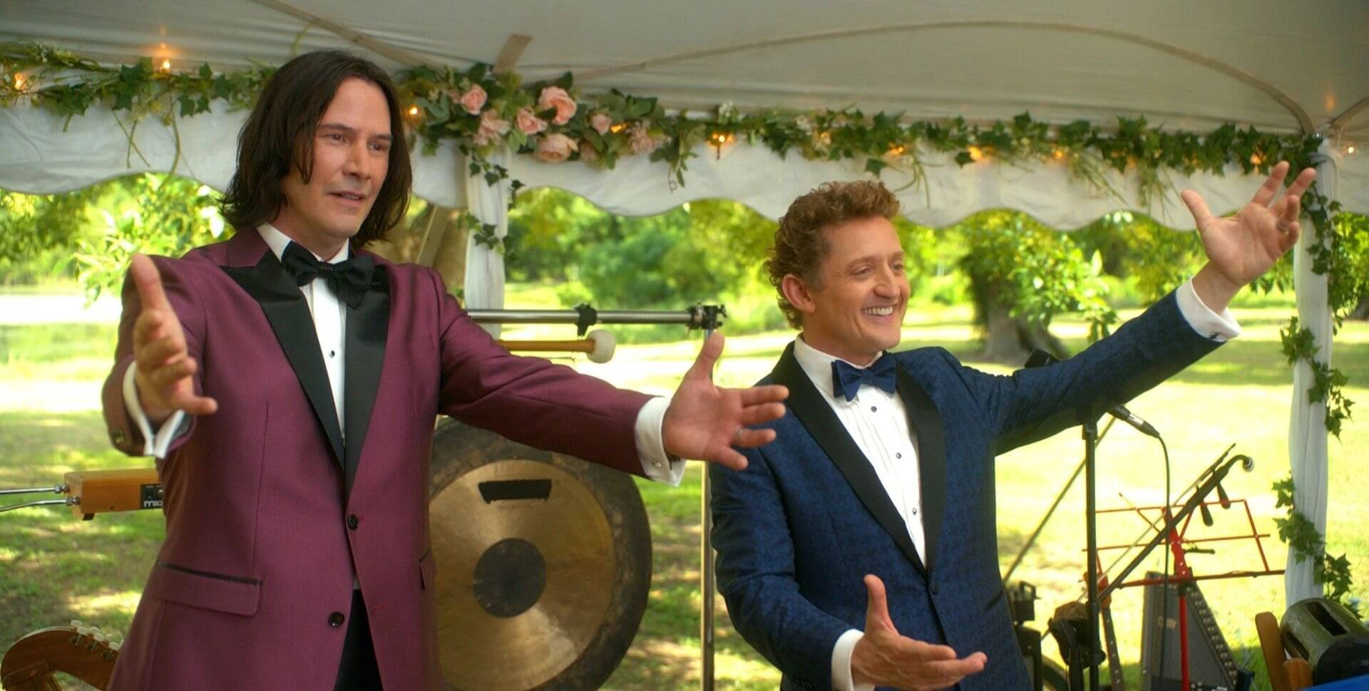 Keanu Reeves and Alex Winter in Bill and Ted Face the Music